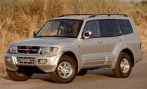 2001 Mitsubishi Montero Ltd 4-WD (346)