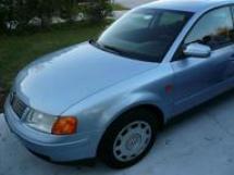 1997 Volkswagen Passat GLS Sedan (169)