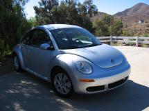 2008 Volkswagen New Beetle S (668)