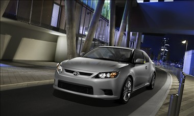 2011 Scion tC (900)