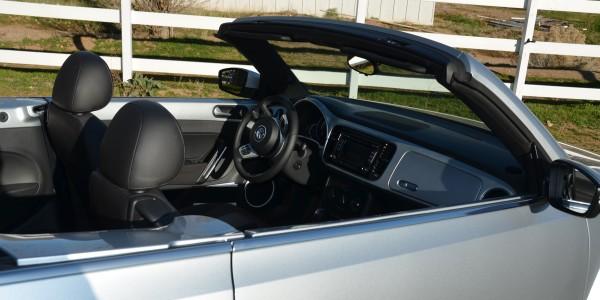 2015 Volkswagen Beetle Convertible 1.8T (1071)